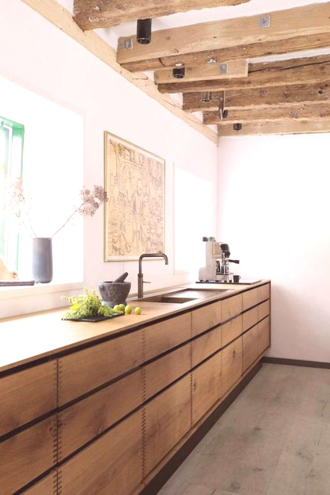 8 Tips to Creating a Beautiful Kitchen Using Brown Cabinets | Hunker#beautiful