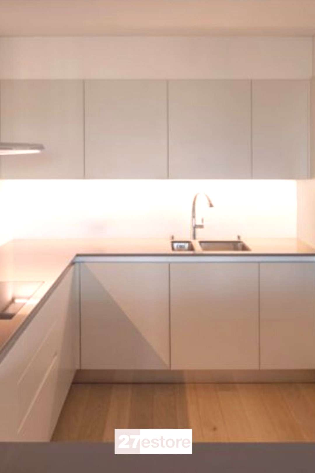 ACRYLIC MATTE SILK cabinets Our Acrylic Matte Silk cabinet doors have a soft, neutral color that wo