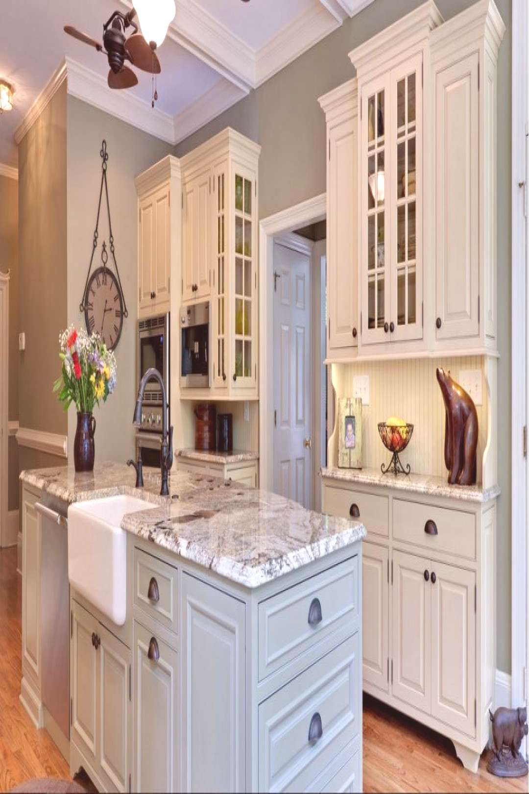 Country Home Decor 80 Beadboard Kitchen Cabinets deas Home Decor 80 Beadboard Kitchen Cabinets dea