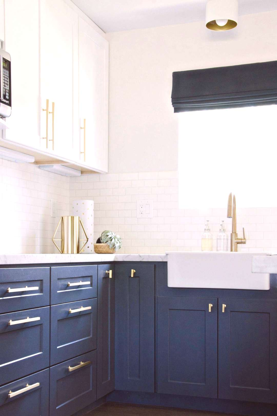 Kitchen Cabinets Remodeling 7 Trends Two Tone Kitchen Cabinets Ideas for 2018 Tw...#cabinets