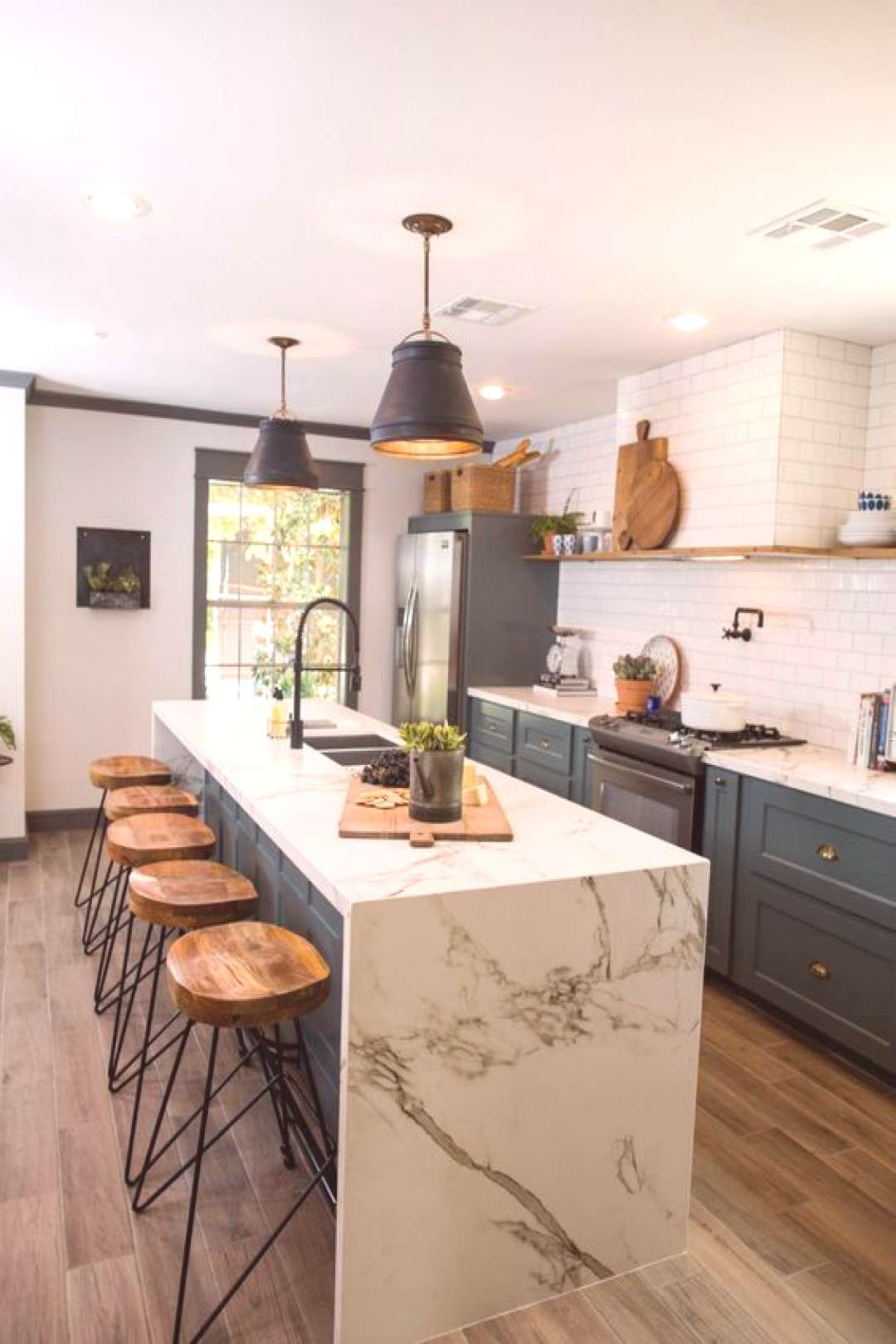Kitchen ideas and colored cabinets#cabinets