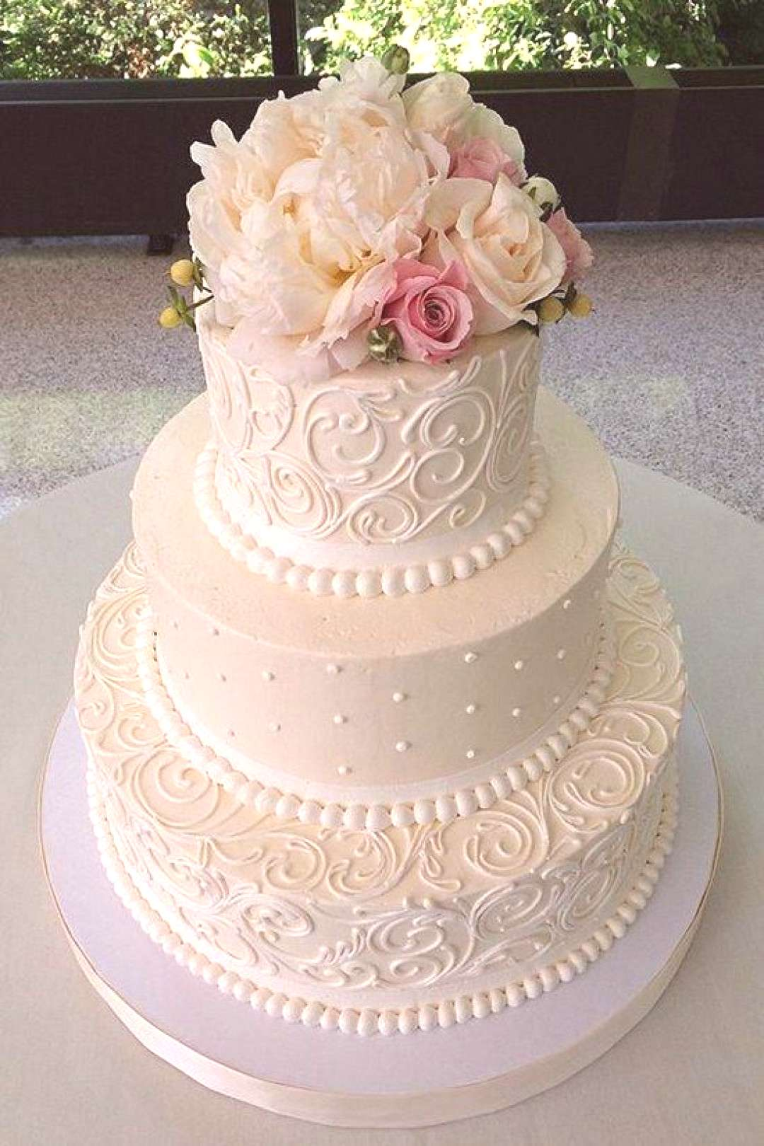Mouth-watering Floral Wedding Cakes for Spring and Summer Mouth-watering Floral Wedding Cakes for S