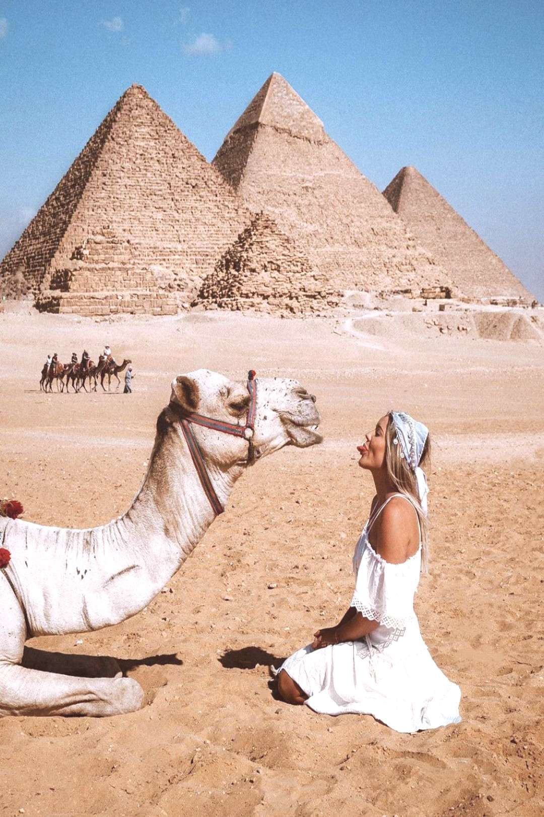 The Perfect Egypt Itinerary - 10 Days of Exploring History @haylsa in front of the Great Pyramids o
